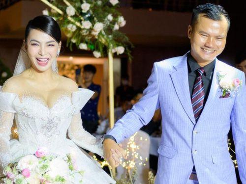 Trương Thế Vinh dự đám cưới quán quân Bolero Trần Mỹ Ngọc