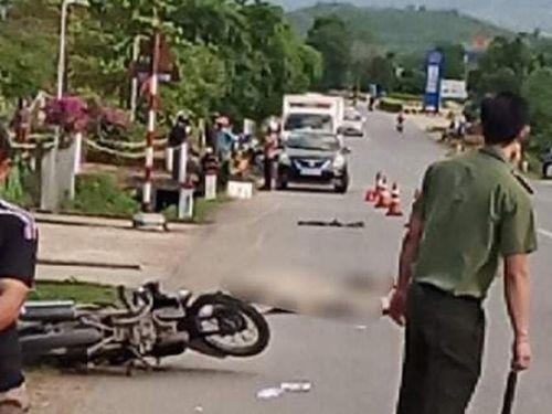 CSGT Quảng Trị chặn bắt xe đầu kéo gây tai nạn làm chết 2 người rồi bỏ chạy