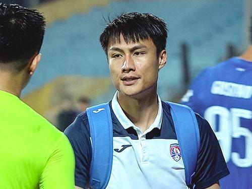 HLV Quảng Ninh: 'Thể lực cầu thủ không đảm bảo'