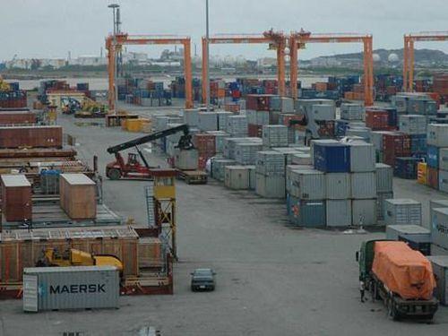 Mở lối cho cảng biển