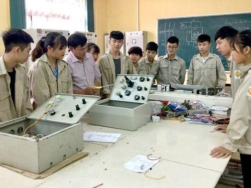 Tiếp tục dạy văn hóa trong trường nghề, Bộ GD&ĐT ban hành quy định cụ thể về khối lượng kiến thức