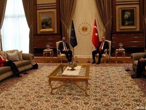 Sau 'bê bối ghế sofa' ở Thổ Nhĩ Kỳ, các lãnh đạo EU tuyên bố không cho phép bất cứ ai chia rẽ