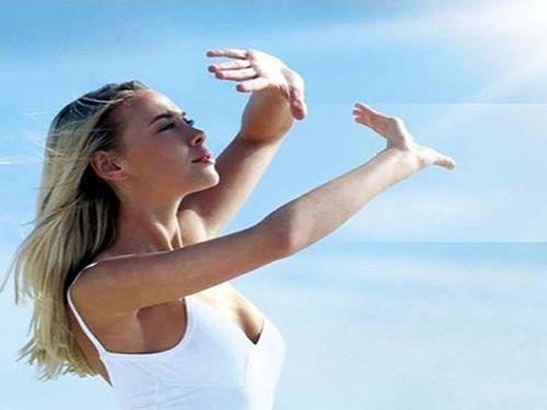 Chăm sóc da vào mùa hè từ gợi ý của chuyên gia da liễu