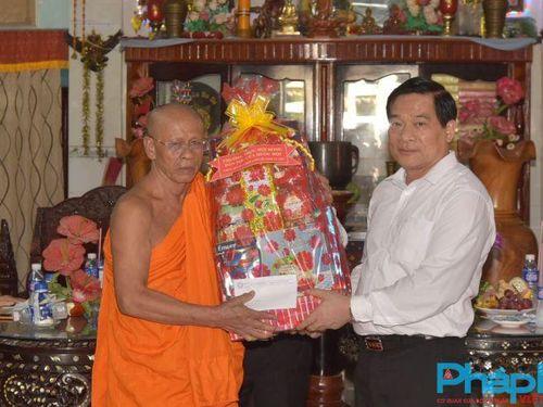 Hội đồng dân tộc của Quốc hội thăm, chúc Tết Chôl Chnăm Thmây tại Bạc Liêu