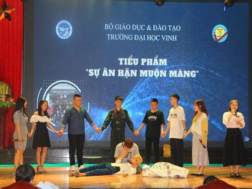 Học sinh, sinh viên Nghệ An sôi nổi tìm hiểu về xây dựng văn hóa giao thông