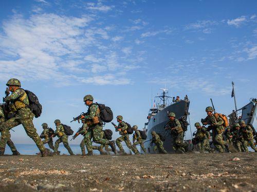Chung sức đáp trả mạnh mẽ sự phi pháp và phô trương sức mạnh của Trung Quốc ở Biển Đông