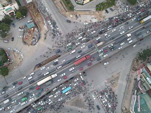 Dự án hầm chui Lê Văn Lương: Cam kết thi công đúng giấy phép