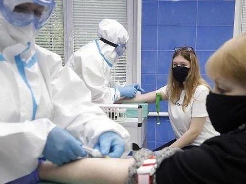 Nghiên cứu kết hợp nhiều loại vaccine ngừa COVID-19