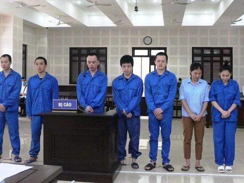 Hơn 36 năm tù cho nhóm đối tượng đưa 14 người nước ngoài nhập cảnh trái phép vào Việt Nam