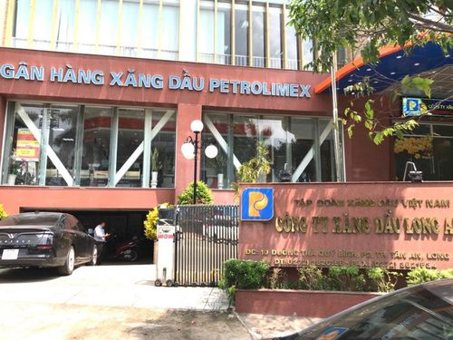Bắt Giám đốc Công ty Xăng dầu Long An liên quan vụ 200 triệu lít xăng giả