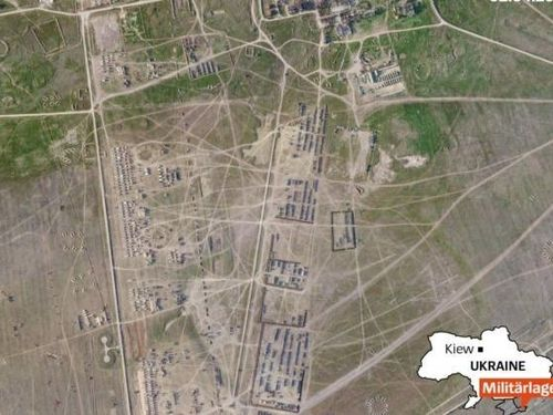 Ảnh vệ tinh thể hiện 'thành phố quân đội Nga' gần biên giới Ukraine