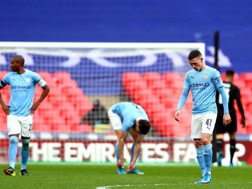 Man City thua Chelsea: Pep vỡ mộng cú 'poker'