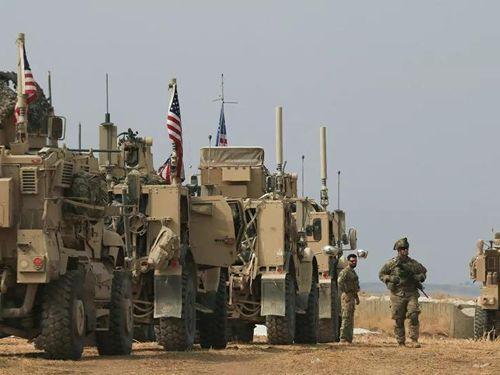 Mỹ vận chuyển vũ khí, đồ hậu cần cho căn cứ ở Bắc Syria