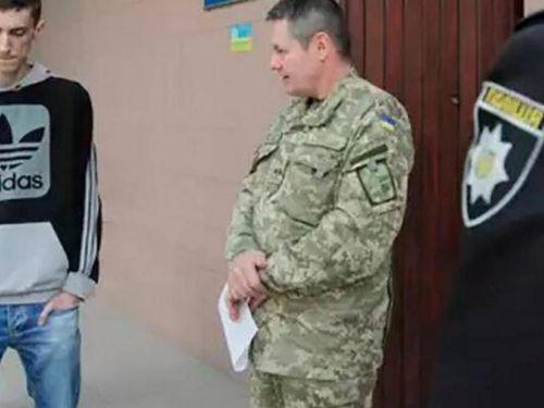 Nhà báo Ukraine: Người dân muốn bỏ trốn khỏi đất nước hơn là đi chiến đấu