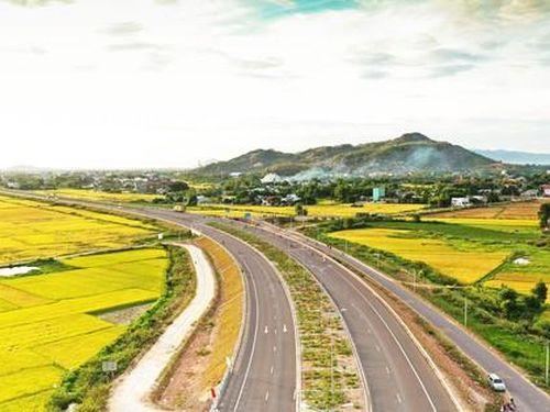 Bình Định gửi 11 kiến nghị lên Bộ GTVT để tạo nền tảng tốt nhất phát triển hạ tầng