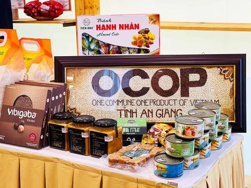 UBND tỉnh An Giang công nhận 12 sản phẩm của 9 chủ thể đạt OCOP 3 sao