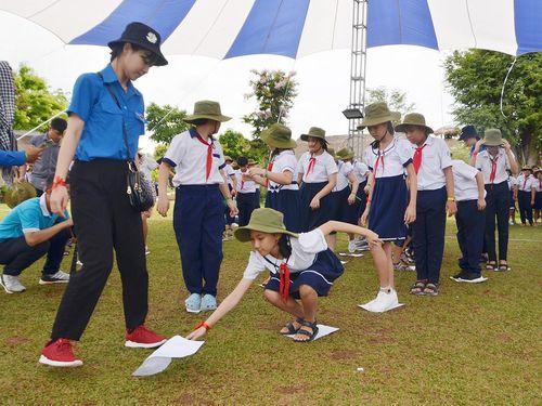 140 HS tiểu học tham gia Hội thi 'Em yêu truyền thống Đội ta'