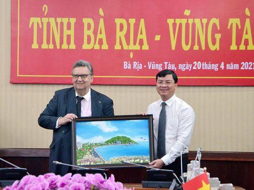Lãnh đạo tỉnh tiếp Đại sứ Phần Lan tại Việt Nam