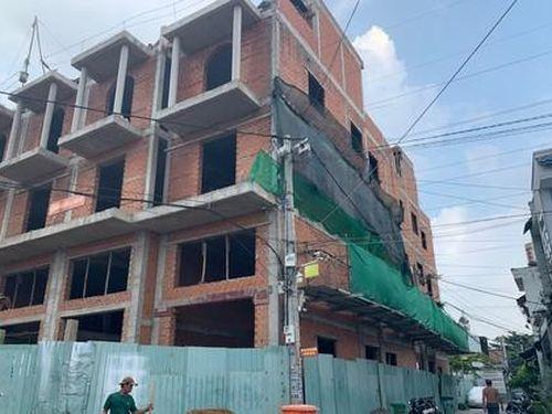 Công trình xây dựng gây nguy hiểm cho người dân