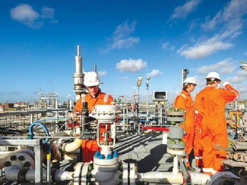 UAE quyết tâm chuyển đổi thị trường năng lượng Trung Đông