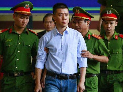 Chuyện khắc phục ngàn tỷ và thi hành án của Phan Sào Nam