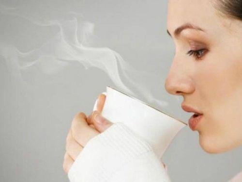 Vì sao người có thói quen uống nước ấm trẻ và khỏe hơn tuổi: Đó là nhờ 7 lợi ích 'vô giá'