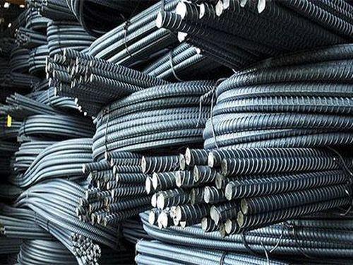 Xi măng, sắt thép liên tục tăng giá