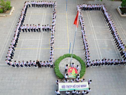Hơn 370 HS tham gia ngày hội Đội viên 'Tự hào truyền thống Đội ta'
