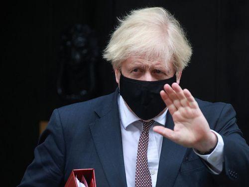 Thủ tướng Anh đối mặt với cáo buộc 'kệ người chết chất thành đống'