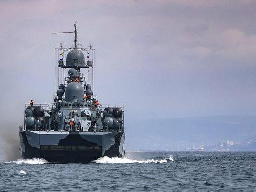 Nga tổ chức tập trận hải quân khi tàu chiến Mỹ đến biển Đen