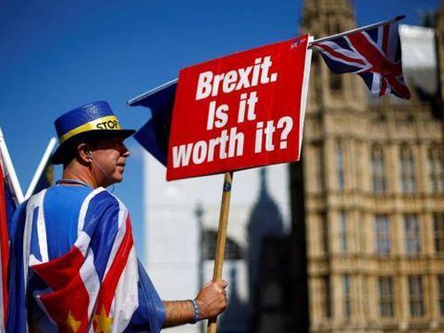 Nước Anh sau Brexit (kỳ 2): Nỗ lực ngăn 'chảy máu' tài sản