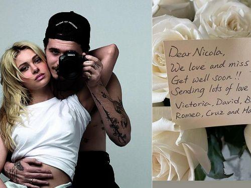 Bạn gái Brooklyn Beckham bất ngờ khoe bó hoa gia đình chồng tương lai tặng