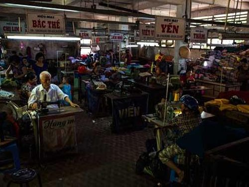 Lầu may chợ Đông Ba - nơi quá khứ hoài niệm