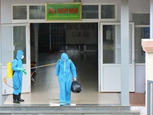 Đắk Lắk: Cách ly 1 người về từ Đà Nẵng, tạm dừng 1 xe khách