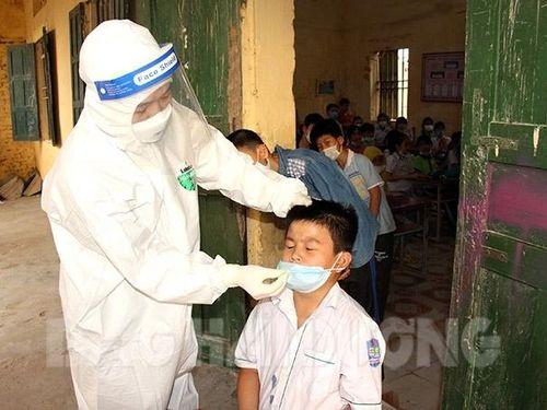 Hải Dương: Nhiều trường huyện Ninh Giang cho học sinh tạm dừng đến trường vì có GV, HS là F1