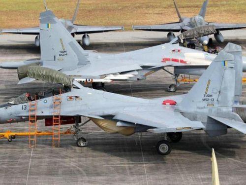 Biển Đông: Sau đúng 18 năm, chiến cơ Nga mới có lần bay qua tàu sân bay Mỹ