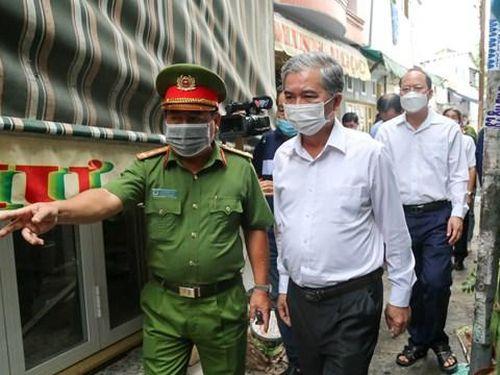 Lãnh đạo TPHCM thăm và động viên người thân các nạn nhân chết cháy