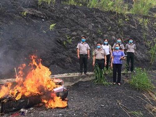 VKSND tỉnh Điện Biên: Kiểm sát tiêu hủy vật chứng, tài sản của 20 bản án có hiệu lực