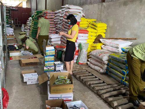 Phát hiện gần 4.000 sản phẩm thuốc bảo vệ thực vật ở Hà Giang hết hạn sử dụng