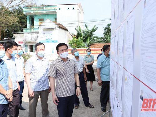 Bí thư Tỉnh ủy Đỗ Trọng Hưng kiểm tra, chỉ đạo công tác bầu cử và phòng chống dịch COVID-19 tại thị xã Bỉm Sơn