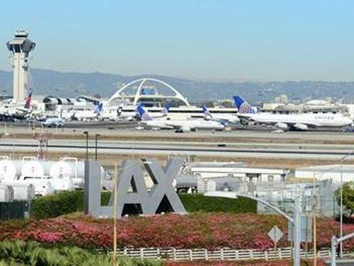 Tính toán kỹ về yếu tố kinh tế và điều kiện pháp lý để bay thẳng đến Mỹ
