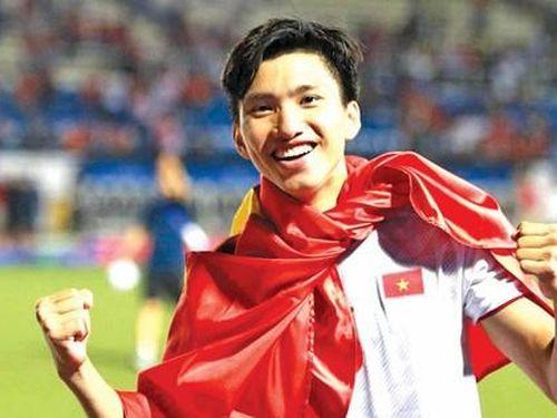 Văn Hậu có thể thi đấu cho đội tuyển Việt Nam?