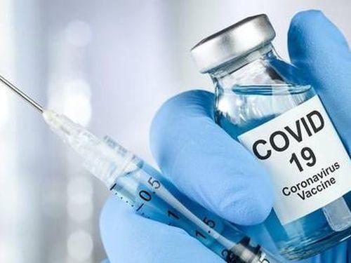 Chuyên gia y tế nói về quy trình tiêm vắc xin ngừa COVID-19 tại Việt Nam