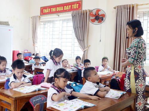 Giáo viên không thể đơn thương độc mã phụ đạo cho học sinh lớp 1