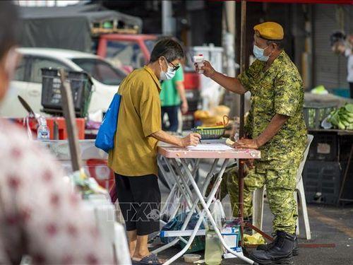 Cấm đi lại giữa các quận của Malaysia từ ngày 10/5 để ngăn chặn dịch COVID-19