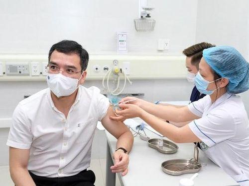 Bộ Y tế: Trên 832.000 người Việt Nam đã tiêm vắc xin phòng COVID-19