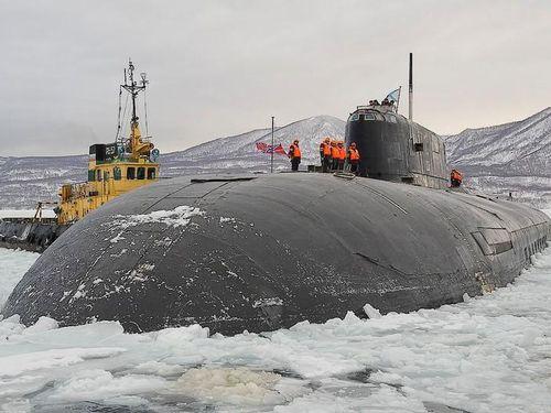 Tàu ngầm Oscar của Nga được ví là 'Thợ săn tàu sân bay'