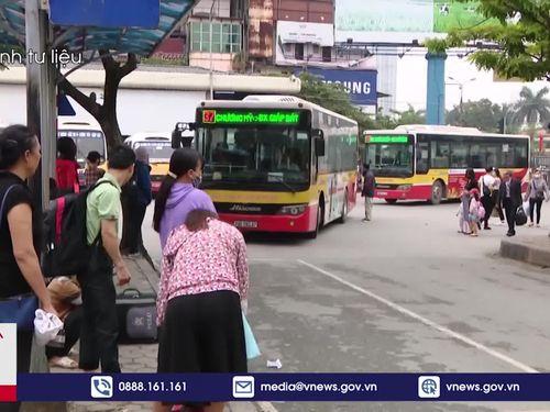 Xe buýt quay đầu khi đến Bắc Ninh