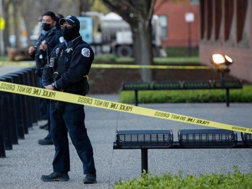 Chín vụ xả súng nổ ra ở Mỹ cuối tuần qua
