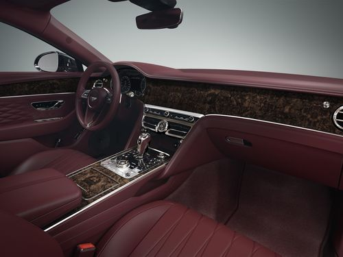 Bentley Flying Spur có thêm tiện nghi và màu sơn mới